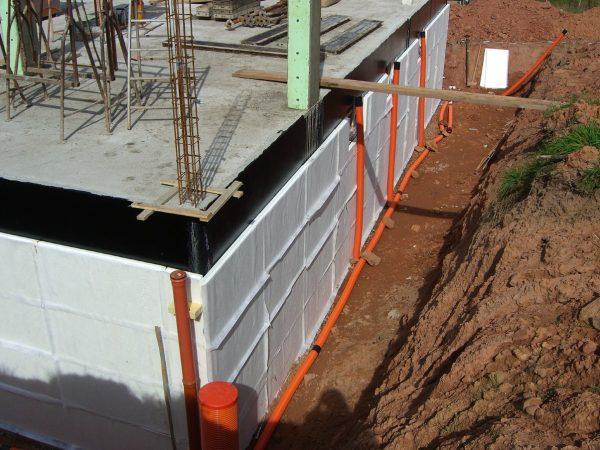 Keller mit Dämmung und Drainage für Wohnraumnutzung